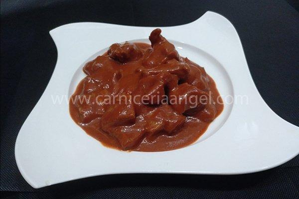 Receta de morros de ternera en salsa vizcaína